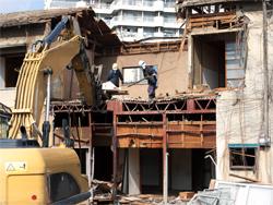 個人・法人宅の解体作業もお任せください。
